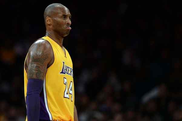 The Lakers' Kobe Bryant, seen during the Jan. 8, 2016 game against the Thunder at Staples Center, is questionable for Tuesday, Jan. 12, with a strained right Achilles that kept him out of the Jan. 10 game. (Photo by Hans Gutknecht/Los Angeles Daily News)