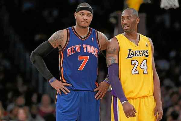 Carmelo Anthony of the New York Knicks and close friend Kobe Bryant of the Lakers. (Photo by Jeff Gross/Getty Images)