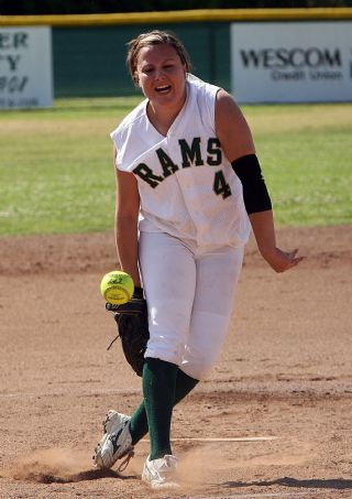 7968-TC Softball vs. La Canada.jpg