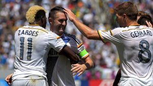 Gyasi Zardes, Robbie Keane and Steven Gerrard will try to lead the Galaxy to victory, Friday