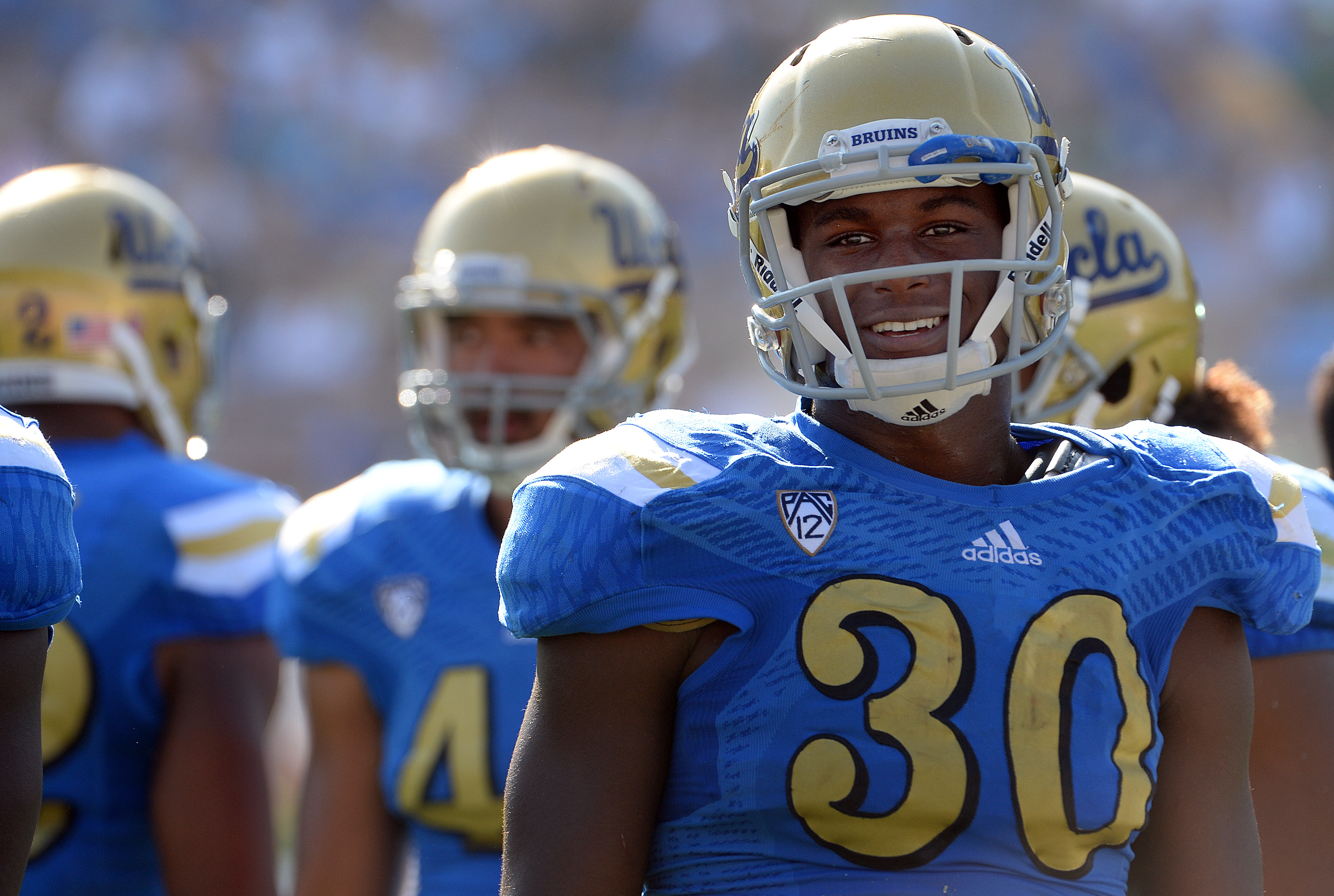UCLA linebacker Myles Jack is the only Bruin picked by the Sporting News as a preseason All-American. He is pictured here during UCLA's 42-30 loss to Oregon on Oct. 11, 2014. (Keith Birmingham/Staff)