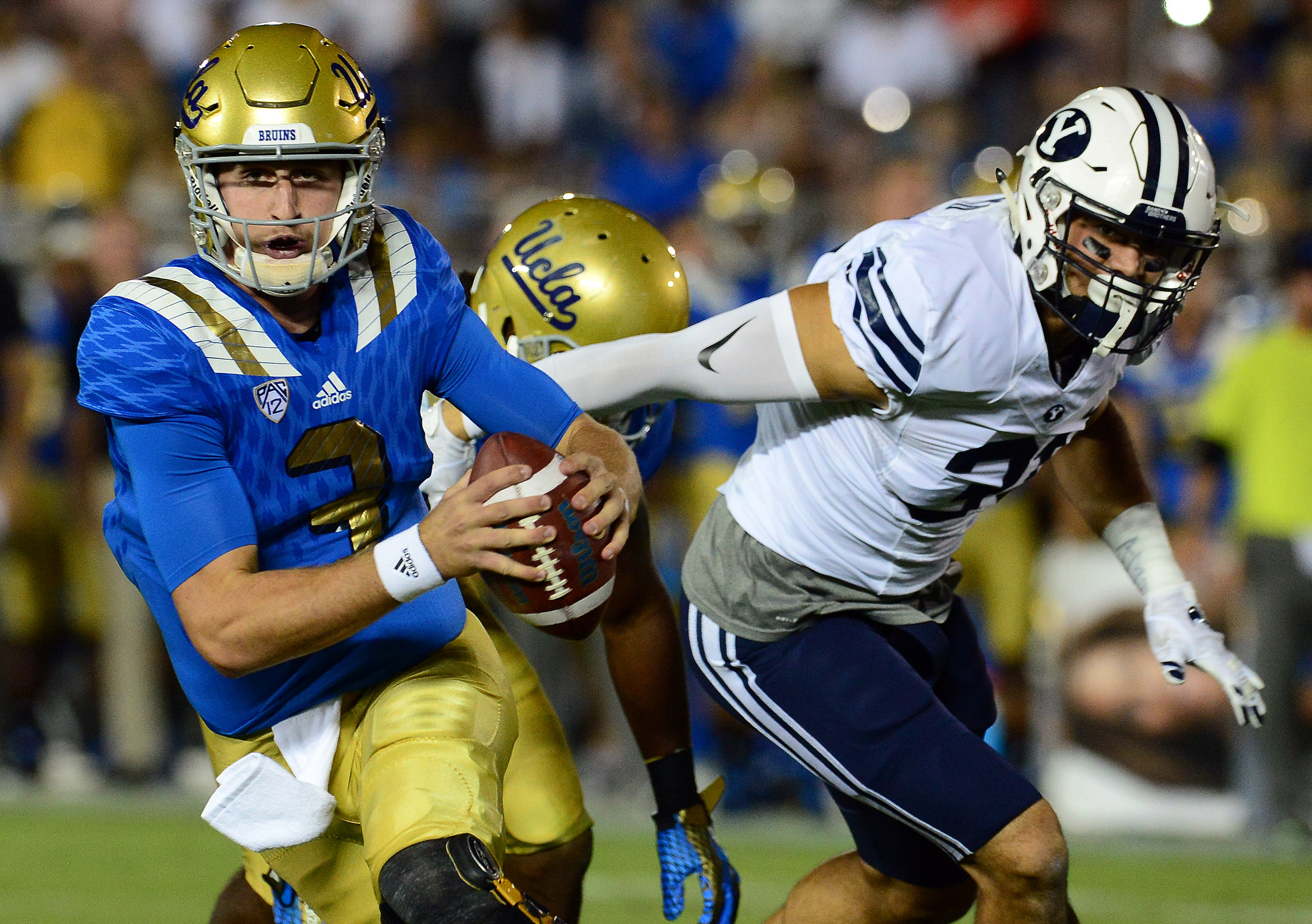 UCLA quarterback Josh Rosen (3) was named to the FWAA Freshman All-American, becoming the fourth Bruin to make the list in three years. (Keith Birmingham/Staff)