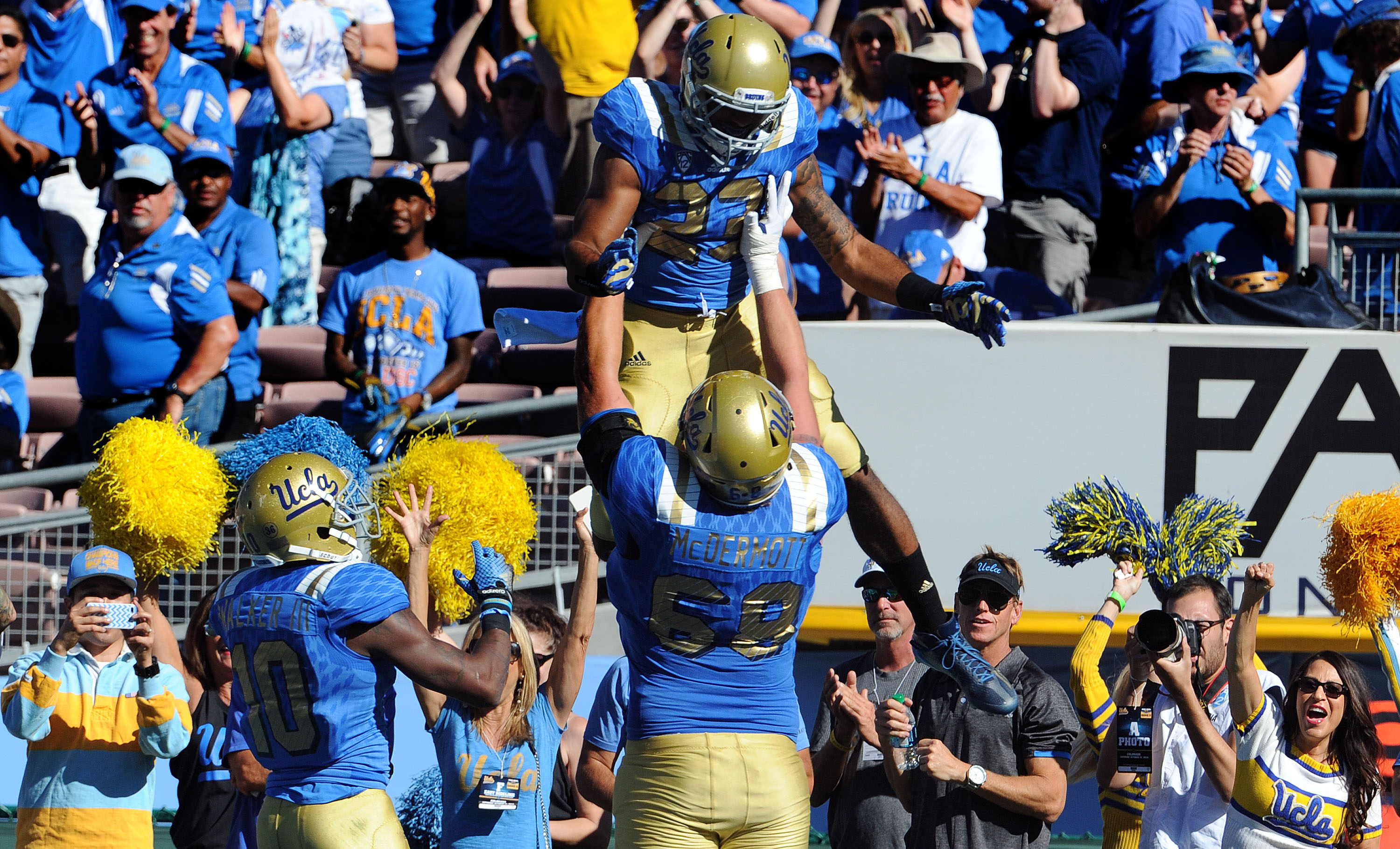 UCLA left tackle Conor McDermott (68) will return to school for his senior season. The Bruins are losing three other starters from its 2015 offensive line. (Keith Birmingham/Staff)