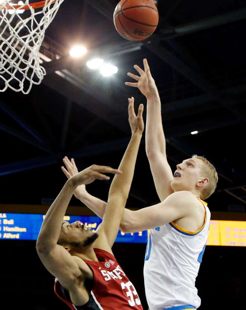 No. 4 UCLA led Stanford wire-to-wire in Sunday's 89-75 victory at Pauley Pavilion